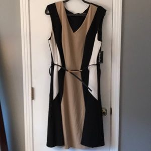 Tan/Cream/Black Sleeveless Dress
